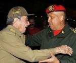 Raul despide a Chavez en La Habana