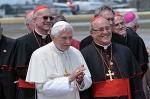 Il Papa Benedetto XVI è ricevuto dal Cardinale Jaime Lucas Ortega Alamino, Arcivescovo de L'Avana, nell'aeroporto internazionale Josè Martì, a L'Avana, Cuba il 27 marzo 2012. AIN FOTO/MARCELINO VAZQUEZ HERNANDEZ