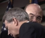 I congressisti Walter Jones (in primo piano) e Jim McGovern. Foto: AP