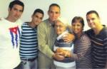 Tonito, Gabo, Tony, Mirta, Maruchi e Carlos