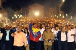 raul-castro-marcha-antorchas-celac4-580x385