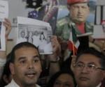 Yoerkis Sanchez (S) e il Padre Enrique Vidal Atencio (D), del Venezuela, nella conferenza stampa dei rappresentanti della Società Civile di Amarica Latina ed i Caraibi