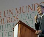 Rafael-Correa-Cumbre-Mundial-de-los-Pueblos-580x330