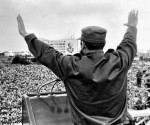 9.-En-la-Plaza-de-la-Revolución-1965-50-x-34-cm-Fidel-Castro-580x394