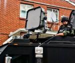 Tra le armi soniche che si conoscono esiste il sistema LRAD, che è usato dalle forze di sicurezza di vari paesi del mondo. Gli apparati sono di grandi dimensioni e difficili da occultare