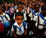 Todos-los-niños-tienen-derecho-a-la-educación-gratuita.-cuba-educacion-foto-EFE-580x392