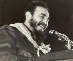 Fidel-habla-en-el-Acto-por-el-XV-Aniversario-de-la-Fundación-de-los-CDR-28-de-septiembre-de-1975-Revista-Bohemia-580x493